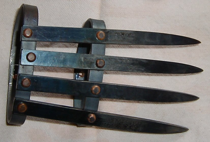 tekkokagi Weird Asian Martial Arts Weapons picture