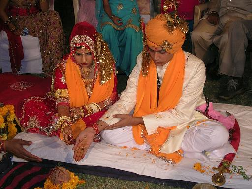 15,400 Hindu Lovers Unite in Holy Matrimony picture