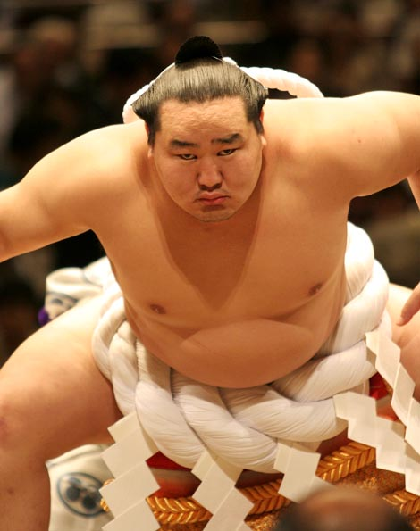 Hotheaded Sumo Wrestler Turns To Gardening