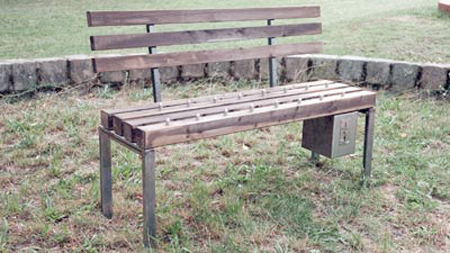 how to make a park bench