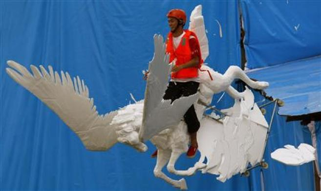 Chinas Birdman Contest Pits Student Against Gravity picture