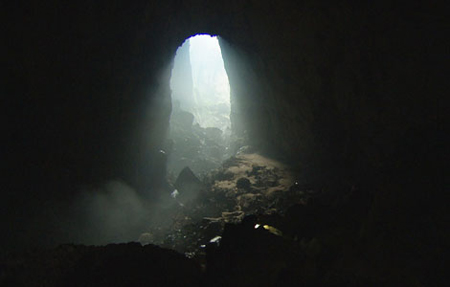 World's Biggest Cave Featured On  National Geographic Show picture