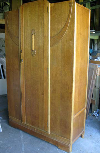 antique wardrobe1 Dead Japanese Father Kept Hidden in Wardrobe For Five Years picture