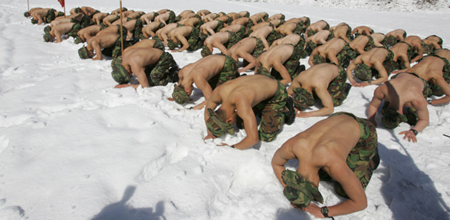 South Korean Soldiers Strip to Train in Snow and Ice picture