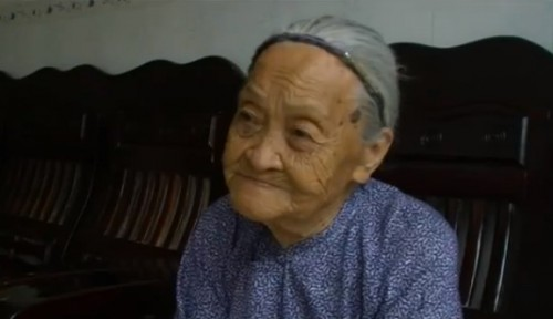 Meet the Oldest People in the World picture