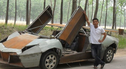 Chinese Farmer Makes Lamborghini from Scraps picture