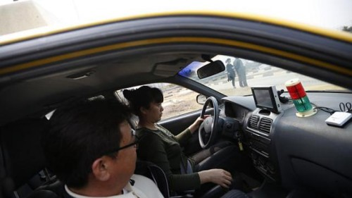 Easy, Cheaper Drivers Licenses Lure Chinese to South Korea picture