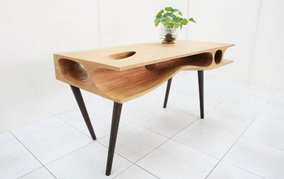 Hong Kong Designer Makes the Perfect Desk for Cat Owners