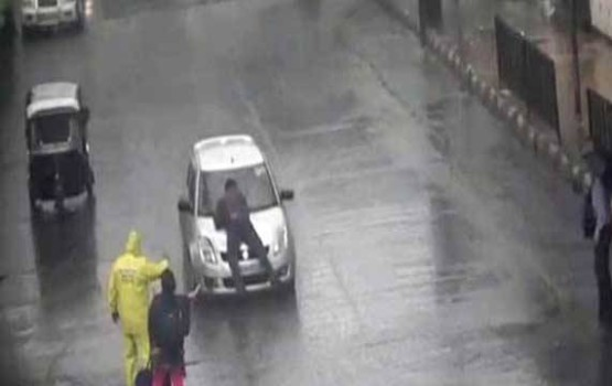 Road Rage Incident in India Caught on CCTV